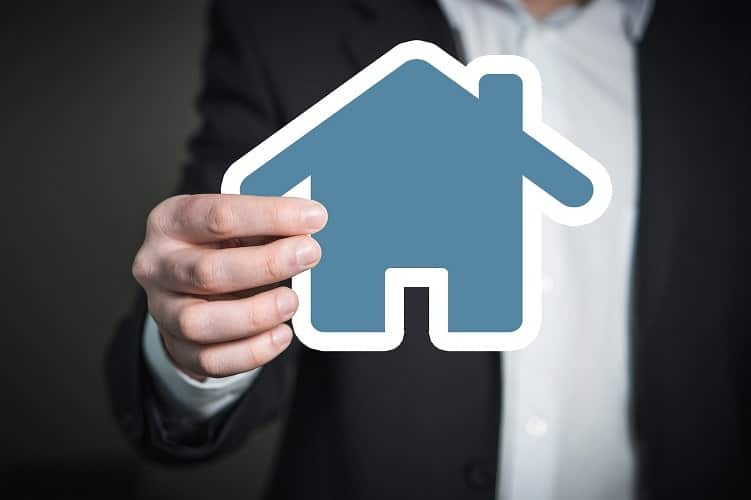 Role of a Property Manager and Benefits of Hiring Them
